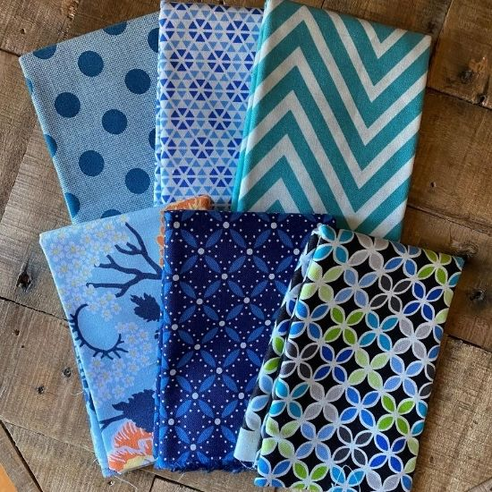 Fat Quarter Bundle in Blue