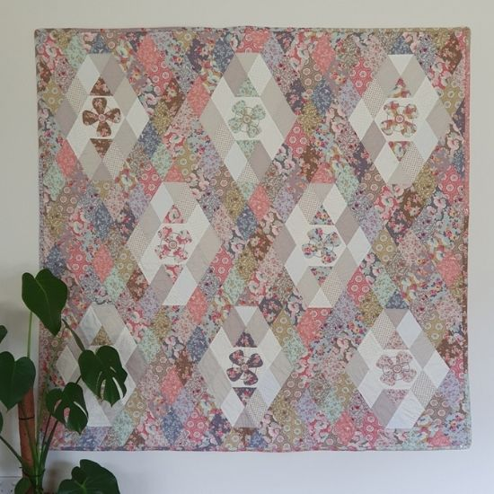 Sophie Quilt Pattern & EPP Pack by Lilabelle Lane Creations Sharon Burgess
